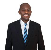 Walter Ntshingila