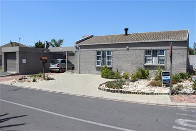 Kraaifontein, Bonnie Brae Property  | Houses For Sale Bonnie Brae, Bonnie Brae, Townhouse 2 bedrooms property for sale Price:1,195,000