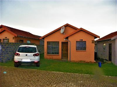 Roodepoort, Fleurhof Property  | Houses For Sale Fleurhof, Fleurhof, House 2 bedrooms property for sale Price:490,000