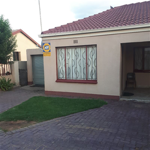 Tasbet Park property for sale. Ref No: 13590607. Picture no 1