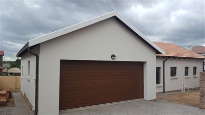 Centurion, Thatchfield Estate Property  | Houses For Sale Thatchfield Estate, Thatchfield Estate, House 3 bedrooms property for sale Price:1,730,000