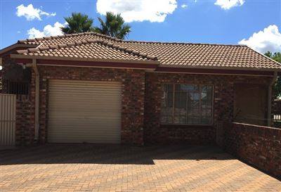 Potchefstroom, Grimbeeck Park & Ext Property  | Houses For Sale Grimbeeck Park & Ext, Grimbeeck Park & Ext, House 2 bedrooms property for sale Price:1,090,000