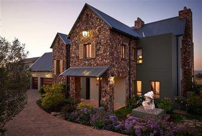 Centurion, Copperleaf Estate Property  | Houses For Sale Copperleaf Estate, Copperleaf Estate, House 4 bedrooms property for sale Price:5,900,000