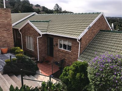 Roodepoort, Helderkruin Property    Houses For Sale Helderkruin, Helderkruin, Townhouse 3 bedrooms property for sale Price:995,000
