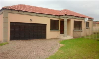 Witbank, Jackaroo Park Property  | Houses To Rent Jackaroo Park, Jackaroo Park, Townhouse 3 bedrooms property to rent Price:,  6,05*