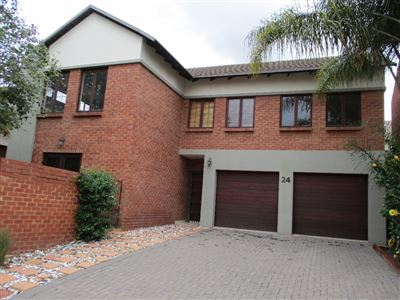 Property and Houses for sale in Equestria, House, 3 Bedrooms - ZAR 2,295,000