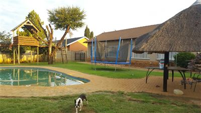 Klerksdorp, Meiringspark Property  | Houses For Sale Meiringspark, Meiringspark, House 4 bedrooms property for sale Price:880,000