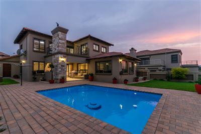 Roodepoort, Honeydew Manor Property  | Houses For Sale Honeydew Manor, Honeydew Manor, House 4 bedrooms property for sale Price:3,400,000