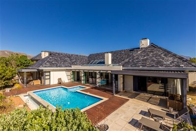 House for sale in Pearl Valley On Val De Vie
