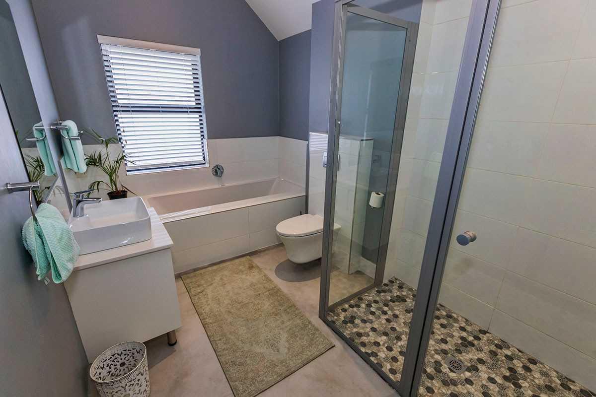 Full Family Bathroom