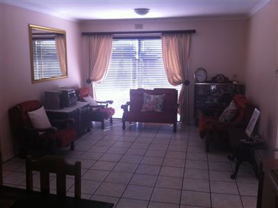 Windsor Park property to rent. Ref No: 13595099. Picture no 4