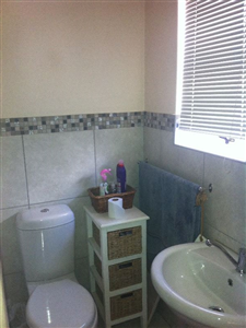 Windsor Park property to rent. Ref No: 13595099. Picture no 10
