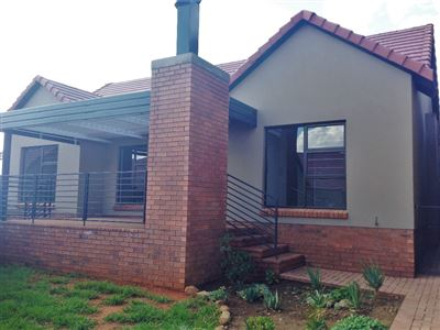 Bloemfontein, Wild Olive Estate Property  | Houses For Sale Wild Olive Estate, Wild Olive Estate, Townhouse 3 bedrooms property for sale Price:1,390,000