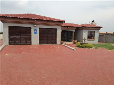 Bronkhorstspruit, Cultura Park Property  | Houses For Sale Cultura Park, Cultura Park, House 5 bedrooms property for sale Price:940,000