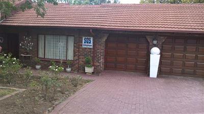 Johannesburg, Mulbarton Property  | Houses For Sale Mulbarton, Mulbarton, House 4 bedrooms property for sale Price:2,100,000