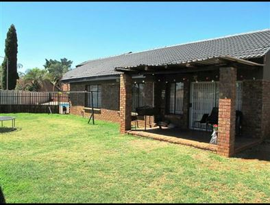 Pretoria, The Orchards Property  | Houses For Sale The Orchards, The Orchards, House 4 bedrooms property for sale Price:1,140,000