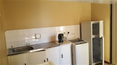Grahamstown Cbd property to rent. Ref No: 13248552. Picture no 6