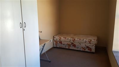 Grahamstown Cbd property to rent. Ref No: 13248552. Picture no 7