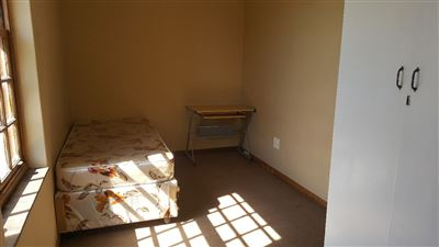 Grahamstown Cbd property to rent. Ref No: 13248552. Picture no 8
