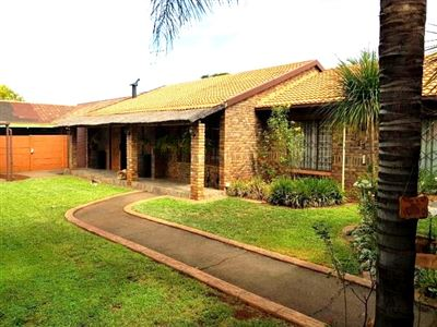 Pretoria, Doornpoort Property  | Houses For Sale Doornpoort, Doornpoort, House 5 bedrooms property for sale Price:1,830,000