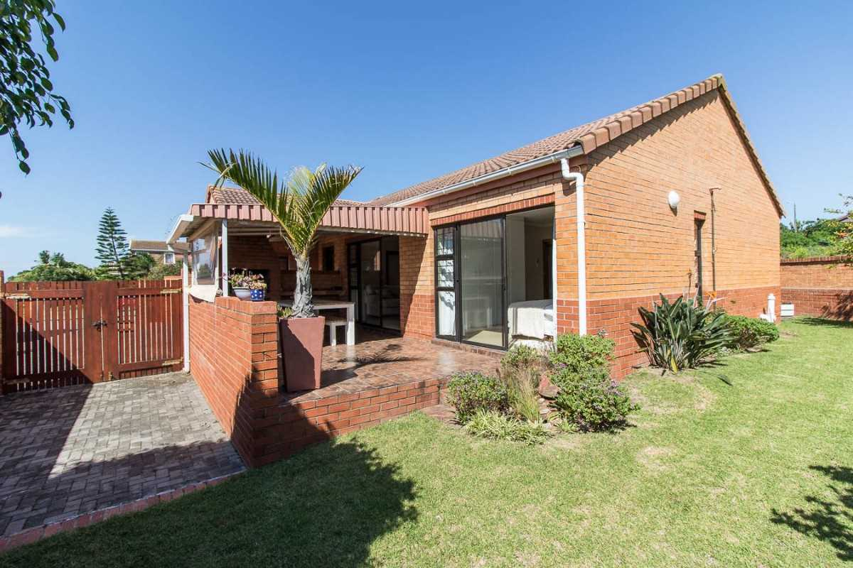 North Facing Townhouse in a Secure Complex in Port Alfred