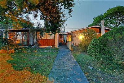 House for sale in Valmary Park