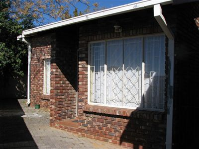 Property and Houses to rent in Free State, Townhouse, 1 Bedrooms - ZAR ,  2,00*,M