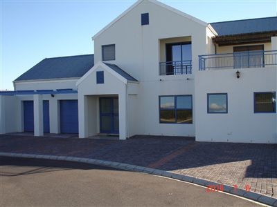 Property and Houses for sale in Blue Lagoon, House, 4 Bedrooms - ZAR 2,500,000