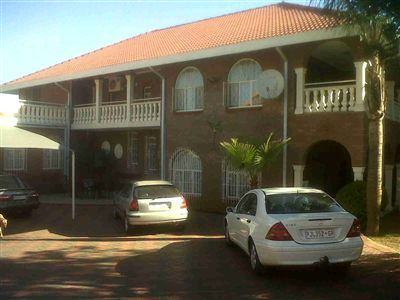 Centurion, Laudium Property  | Houses For Sale Laudium, Laudium, House 6 bedrooms property for sale Price:2,700,000