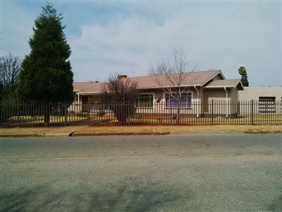 Parys for sale property. Ref No: 3219121. Picture no 5
