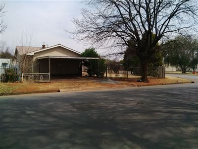 Parys property for sale. Ref No: 3219121. Picture no 6
