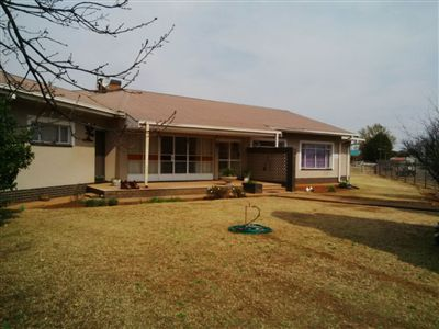 Parys property for sale. Ref No: 3219121. Picture no 1