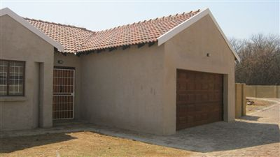 Mooivallei Park property for sale. Ref No: 13239112. Picture no 1
