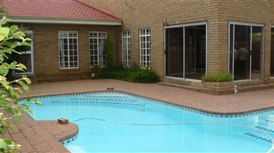Parys property for sale. Ref No: 3226572. Picture no 2