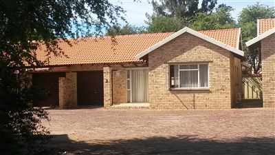 Property and Houses to rent in Klerksdorp (All), Townhouse, 2 Bedrooms - ZAR ,  4,00*,M