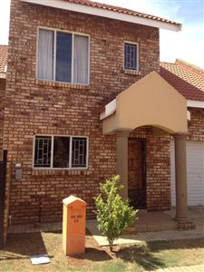 Potchefstroom, Baillie Park And Ext Property  | Houses For Sale Baillie Park And Ext, Baillie Park And Ext, Townhouse 2 bedrooms property for sale Price:869,000
