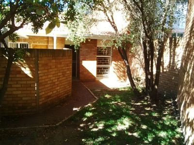 Property and Houses to rent in Free State, Townhouse, 3 Bedrooms - ZAR ,  5,00*,M