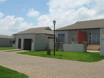Witbank, Tasbet Park Property  | Houses For Sale Tasbet Park, Tasbet Park, Townhouse 3 bedrooms property for sale Price:776,000