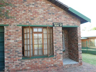 Parys property for sale. Ref No: 3257097. Picture no 2