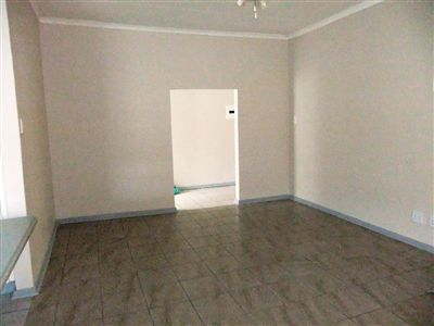 Potchefstroom Central property for sale. Ref No: 13240848. Picture no 4