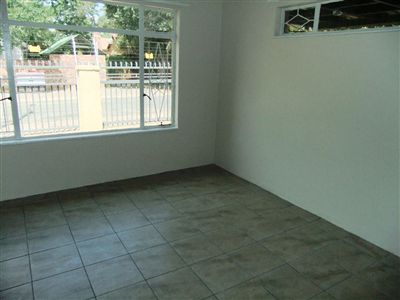 Potchefstroom Central property for sale. Ref No: 13240848. Picture no 8