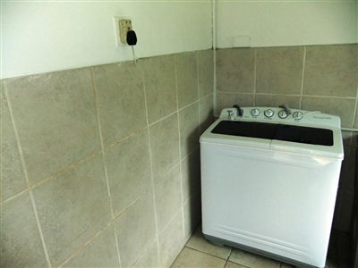 Potchefstroom Central property for sale. Ref No: 13240848. Picture no 10