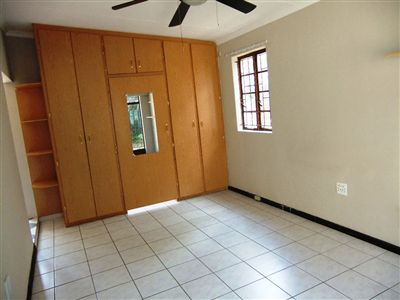 Potchefstroom Central property for sale. Ref No: 13240848. Picture no 11