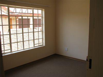 Parys property for sale. Ref No: 3285004. Picture no 17