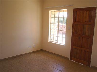 Parys property for sale. Ref No: 3285004. Picture no 12