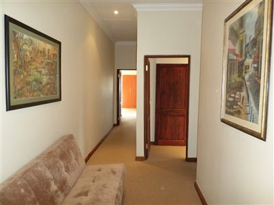 Parys property for sale. Ref No: 3289177. Picture no 13