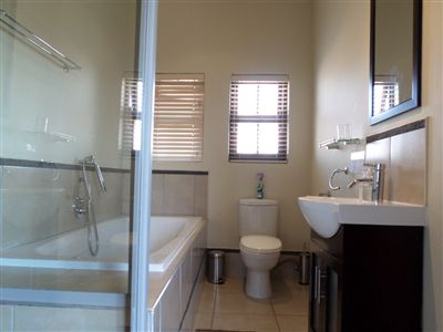 Parys property for sale. Ref No: 3289177. Picture no 28