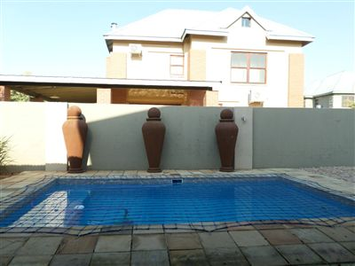 Parys property for sale. Ref No: 3289177. Picture no 32