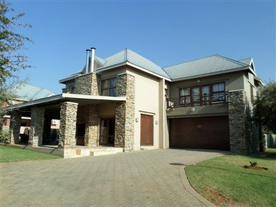 Parys property for sale. Ref No: 3289177. Picture no 3