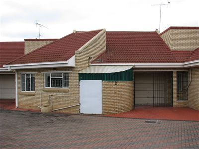 Parys property for sale. Ref No: 3289885. Picture no 1